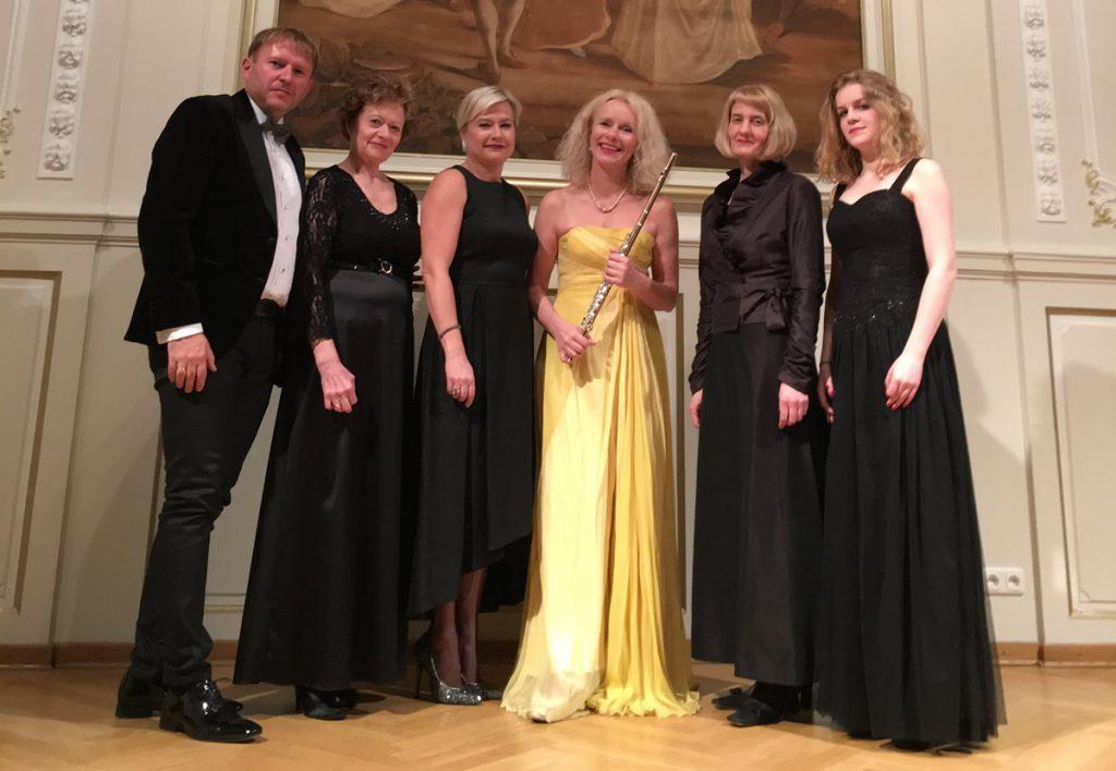 Saskia Schneider mit dem Krakauer Kammerensemble